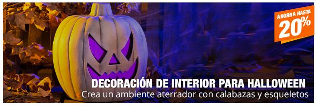 Decoración de interior para Halloween - Crea un ambiente aterrador con calabazas y esqueletos